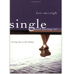Elizabeth Banks' Whohaha-Single and Loving It