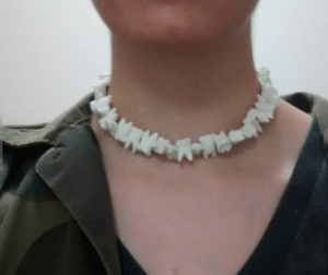 Elizabeth Banks' Whohaha-Teeth Necklace