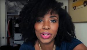 Elizabeth Banks' Whohaha-Akilah Hughes