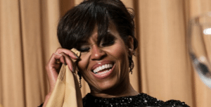 Elizabeth Banks' Whohaha-Michelle Obama Laughing