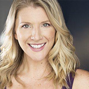 Elizabeth Banks Whohaha-Amy Schumacher