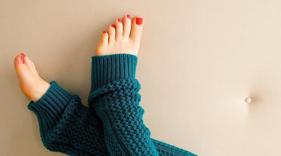 Elizabeth Banks Whohaha-Toes