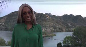 Elizabeth Banks-Shit Beyonce Says
