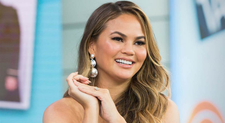 Chrissy Teigen Is Our Wednesday Woman Crush