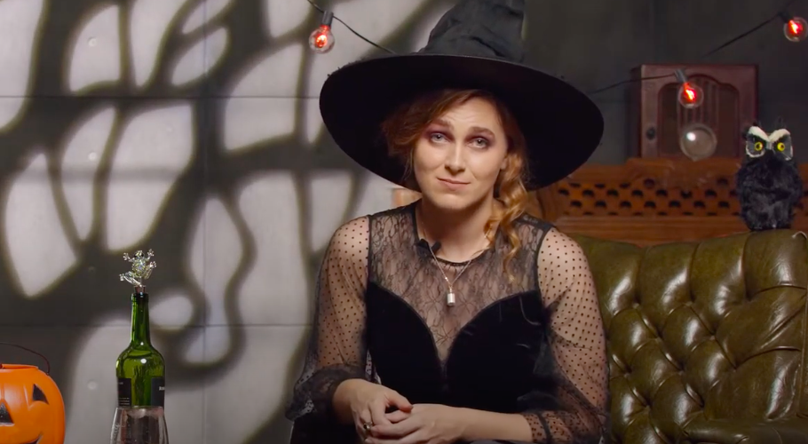 The Witchy Halloween Special, Sunset Story Time